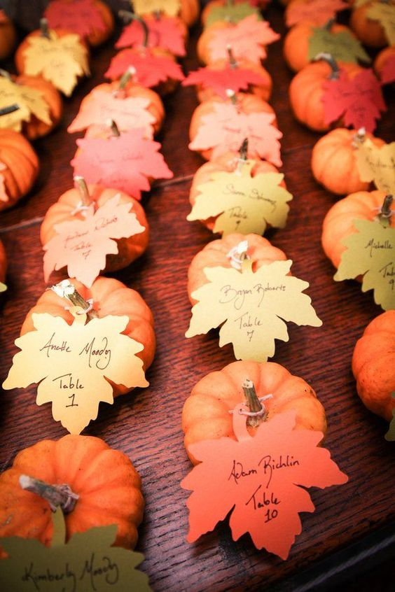 Escort Cards | Leaves | Fall Wedding