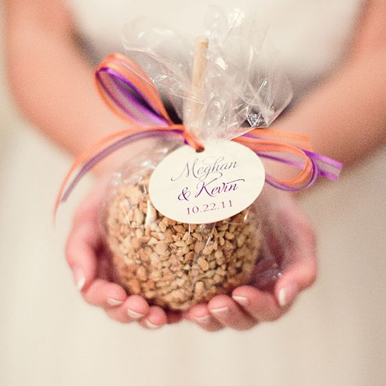 Candy Apple Favor | Fall Wedding
