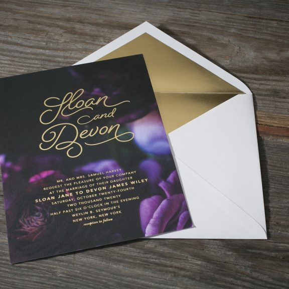 Bella Figura, Sloan, Modern invitation with gold liner