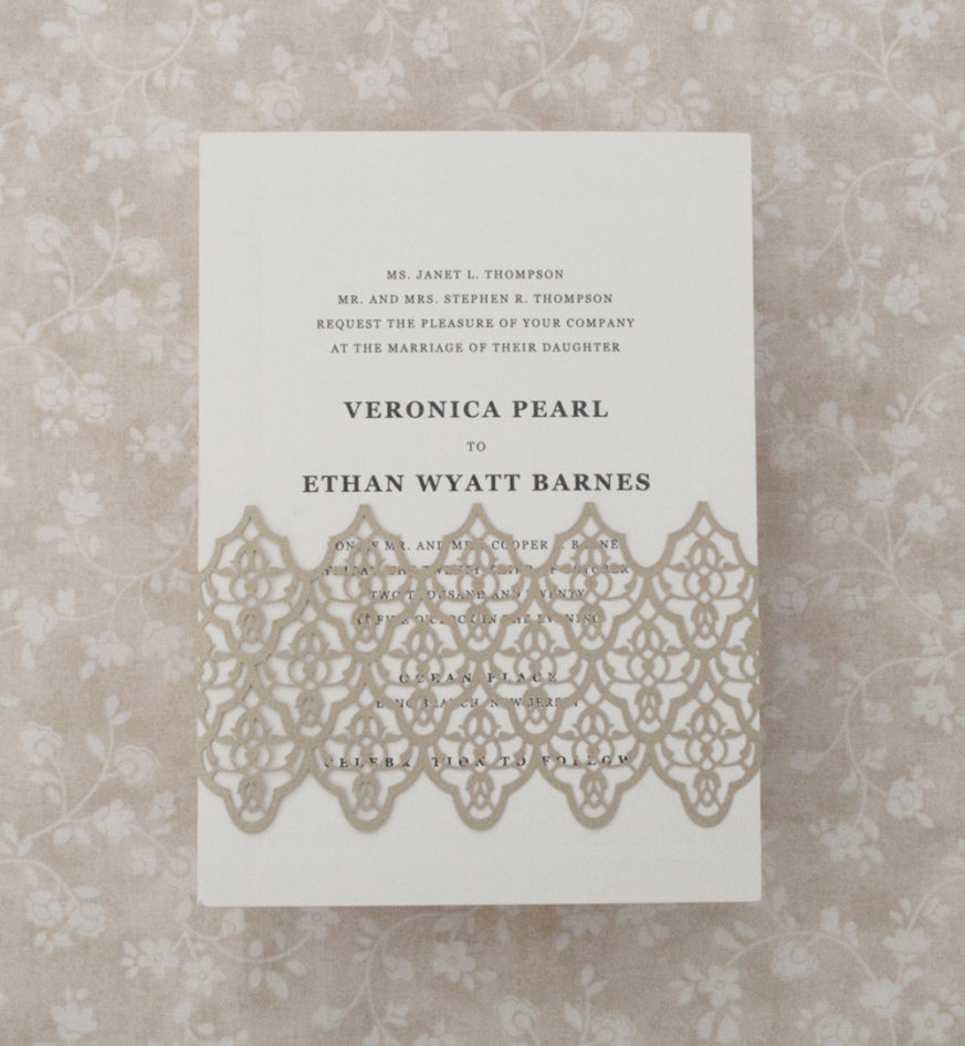 Lasercut BellyBand, Classic wedding invitation